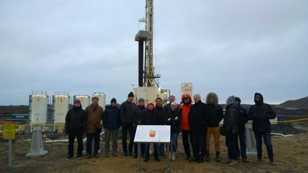 DEEPEGS Team at Drill Rig